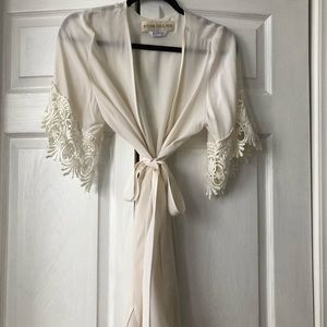 Stone cold fox lace detail robe size S